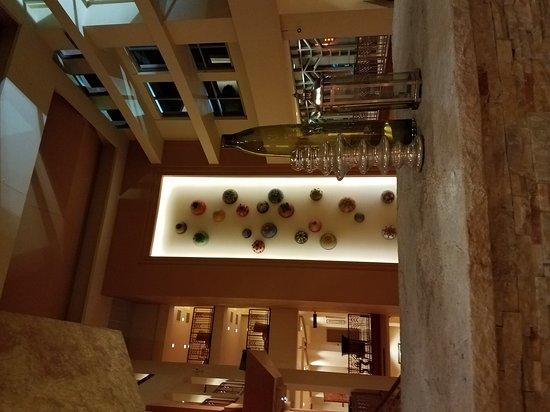 Renaissance Phoenix Glendale Hotel & Spa: Entrance