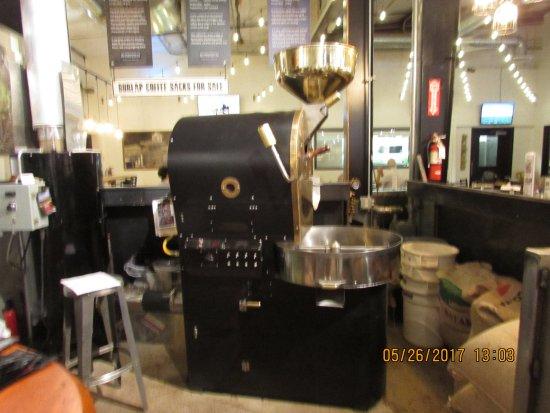 Queen Creek, AZ: Coffee roaster/grinder