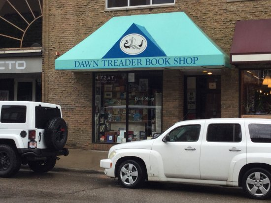 ‪Dawn Treader Book Shop‬