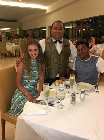 Grand Sirenis Riviera Maya Resort & Spa: RAMON RENTERIA - best waiter at this hotel. He is a credit to this hotel.