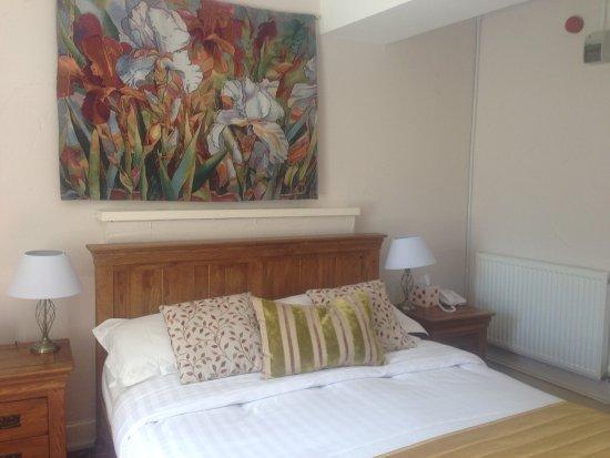 The Bull at Burford: Bedroom