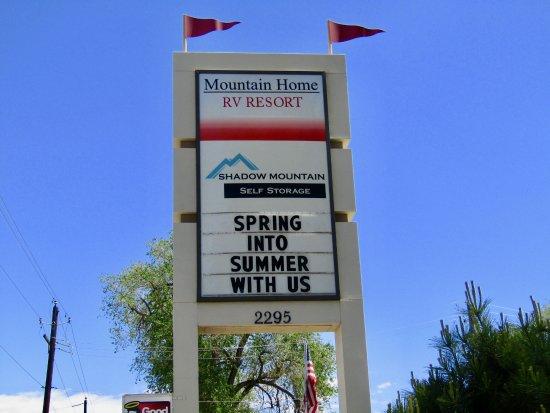 Mountain Home, Idaho: Sign