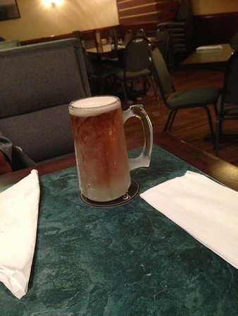 Meadow Lands, PA: Cold beer