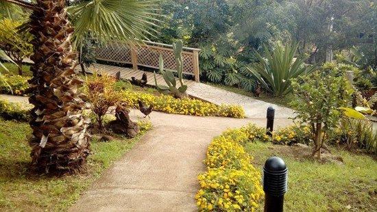 Hotel Rapa Nui: una de las entradas al hotel