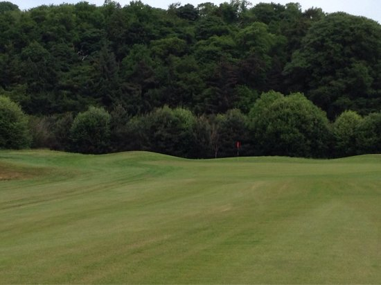 Lasswade, UK: Beautifully kept course with interesting designed holes and a warm welcome.