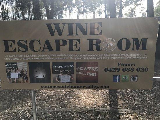 Pokolbin, Australia: Happy customers at the Wine Escape Room. Thank you so much