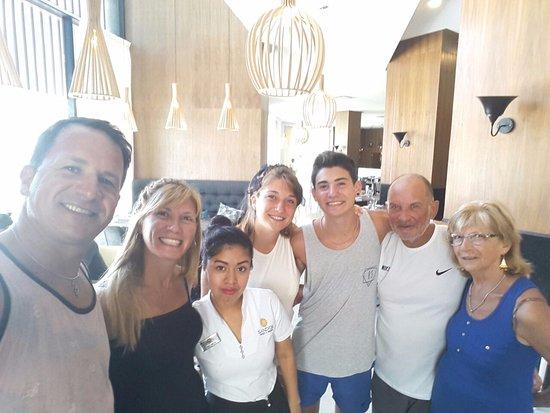 Sandos Playacar Beach Resort: Gracias Belinda por tratarnos y hacernos sentir tan bien..