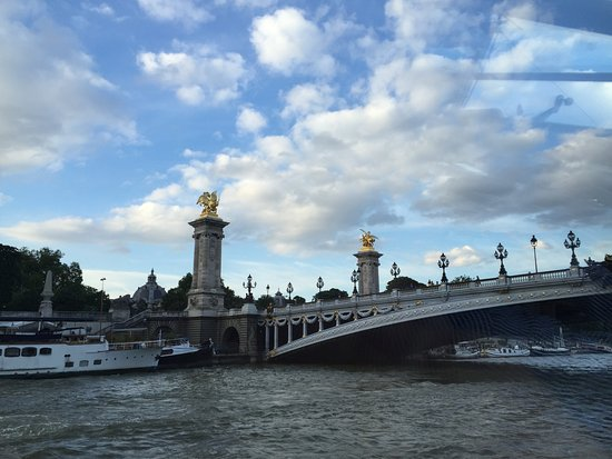 View picture of les bateaux parisiens paris tripadvisor - Bateaux parisiens port de la bourdonnais ...