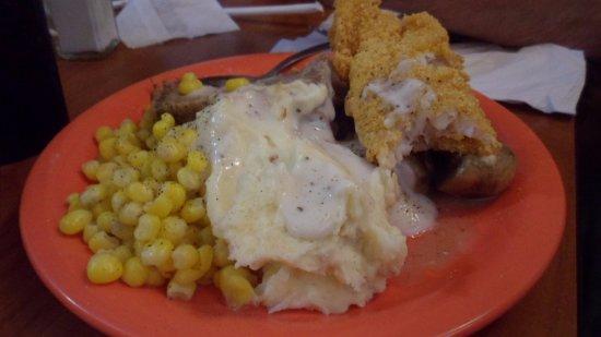 Bethany, MO: My hubby had corn, mashed potatoes, Beef Pot Roast, Catfish