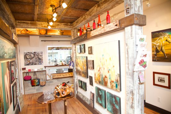 Pickering, Canada: Walls and walls of Original Artwork