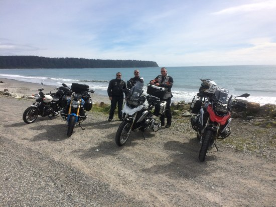 South Pacific Motorcycle Tours - Day Tours: West Coast on a fine day!
