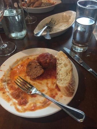 Carmel, IN: Classic meatballs with marinara