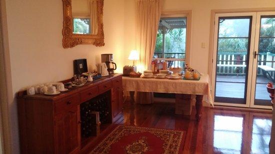 Roseville House: Beautiful Breakfast
