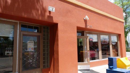 Wellington, Kolorado: A serious new facade