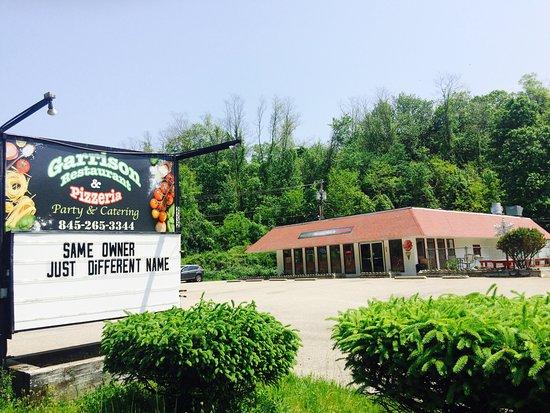 Garrison, NY: Front Restaurant