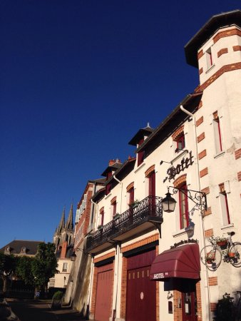 Bourbon-Lancy, France: Hôtel la tourelle du Beffroi