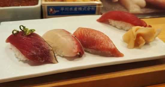 Tsukiji Sushisay Honten: Ootoro!