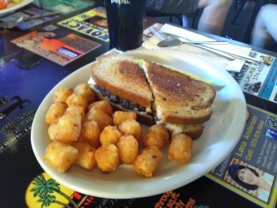 Laurie, MO: Patty Melt with Tater Tots