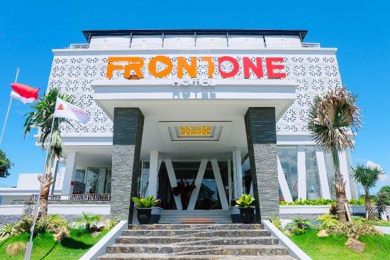 Front One Hotel Pamekasan Madura