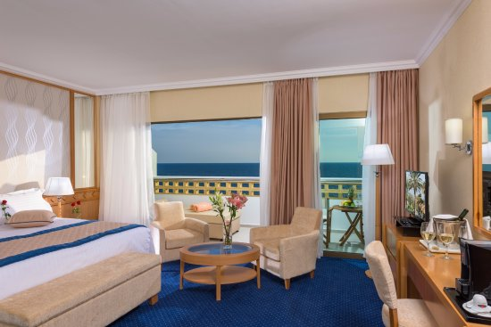 Constantinou Bros Athena Royal Beach Hotel: Junior Suite Sea View