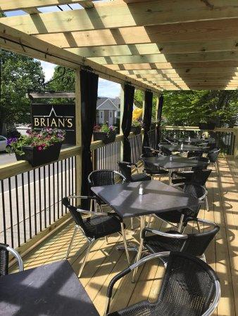 Бетел, Мэн: Brian's