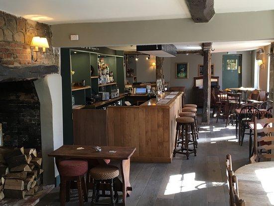 Letcombe Regis, UK: Bar and dining room