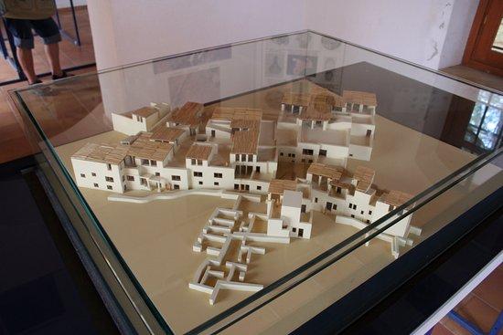 Malia Minoan Palace: Model reconstruction of the palace