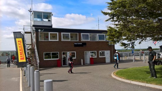 Snetterton, UK: Race control