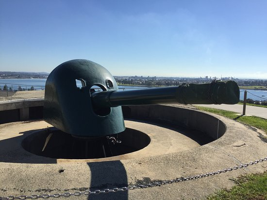 Fort Scratchley: photo2.jpg