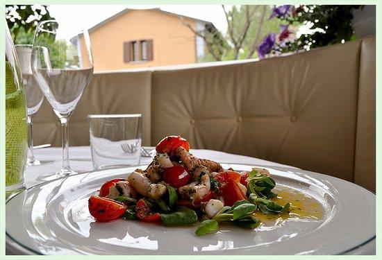 Calderara di Reno, Italy: Cucinare è un'arte, il piatto un'opera.