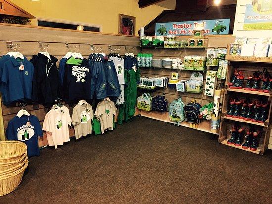 Wisborough Green, UK: Fishers Adventure Farm Park - Gift Shop