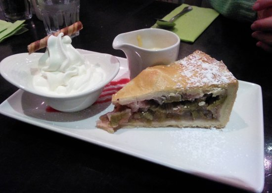 The Galleon Restaurant: Rhubarb pie with ice cream AND custard, Oh, my!
