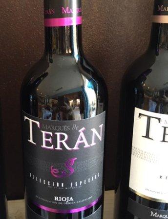 La Placeta Restaurante: Vin rouge Marqués de Teran, délicieux!