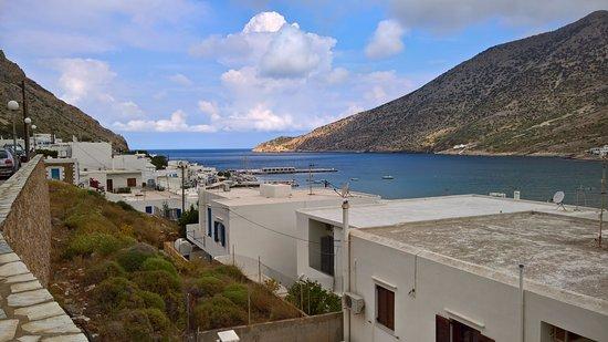 Myrto Hotel: Blick zum Hafen