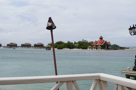 3dd57d58d7e7 Sandals Royal Caribbean Resort and Private Island  Over the water bungalows