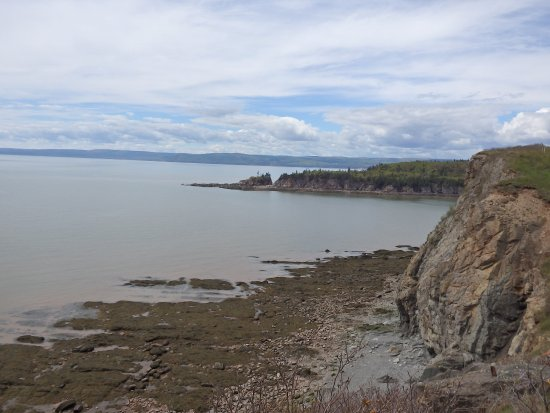 Waterside, Canada: View of coast at Cape Enrage