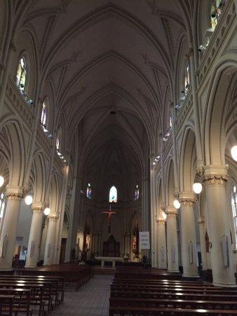 Catedral de San Isidro: nave principal
