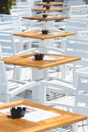 Oceans Beach Club: Poolside Tables