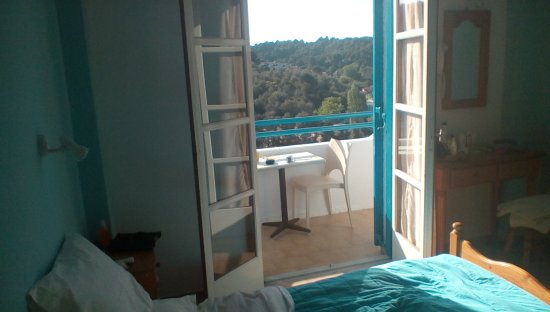 Xanthi Studios: A room with a view , and so safe and peaceful ....