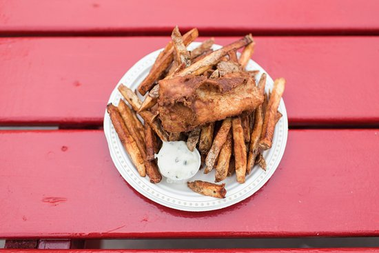The Chip Shack: Our fish and chips were made as we ordered them, hot and fresh!