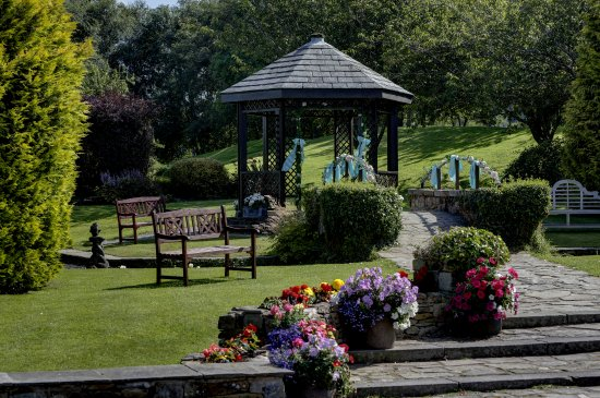 Langho, UK: Mytton Fold's stunning gazebo garden