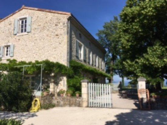 La Laupie, France: jardin