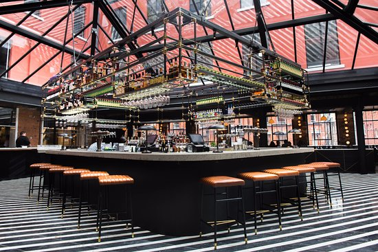 Roberta S Bar Picture Of Roberta S Restaurant Bar