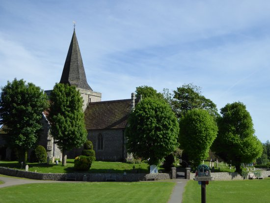Alfriston, UK: Turn left out of the cafe & follow signs to church