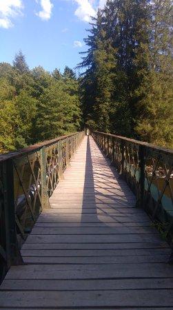 Chateauneuf-les-Bains, ฝรั่งเศส: Pont au-dessus de la Sioule