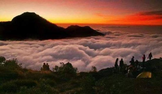 Andy Rinjani Trek