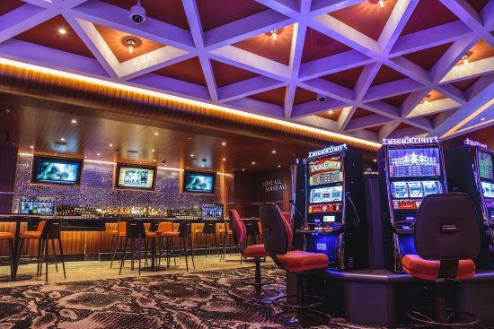 Sioux City, IA: New Casino Expansion - Opened May 2017 - Wine Bar