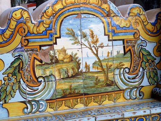 Complesso Monumentale di Santa Chiara  Monastero di Santa Chiara   particolare del chiostro 09367a31f16c
