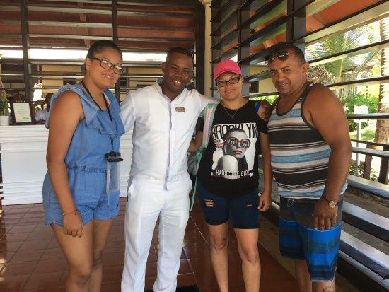 Paradisus Punta Cana Resort: Desde que llegamos nos sentimos como en casa.Nuestro concierge (Jean Rolph Louzaire) dio un trat