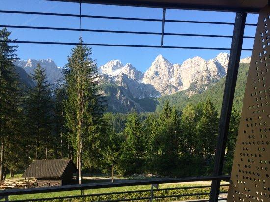 Hotel Spik Alpine Wellness Resort: Špik mountain group from the balcony